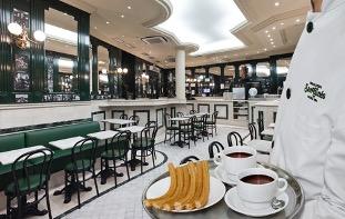 在马德里最好的地方吃到美味的巧克力和油条