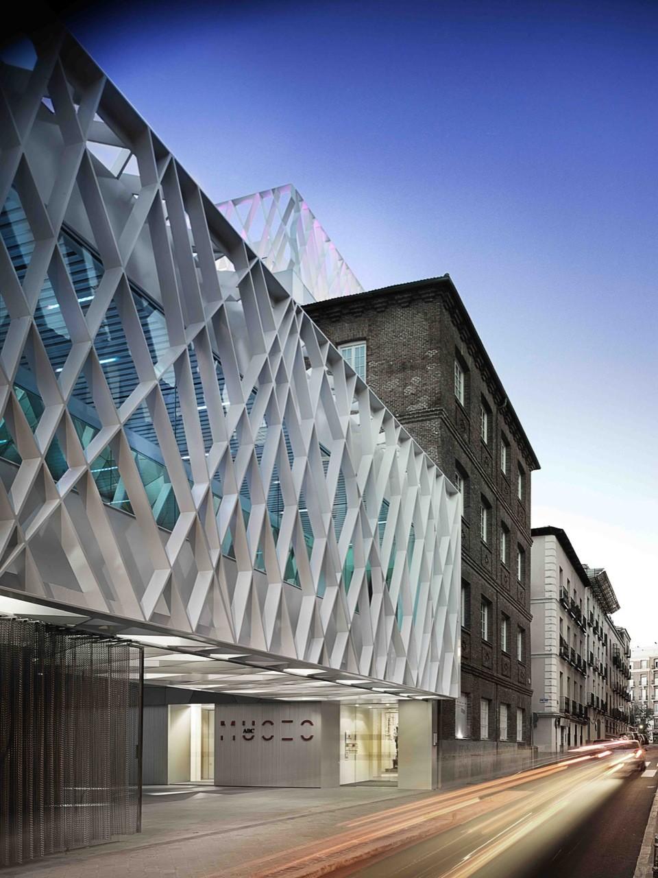 4 ejemplos de la arquitectura moderna española