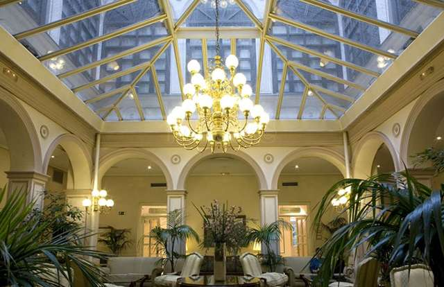 Hotel Tryp madrid ambassador